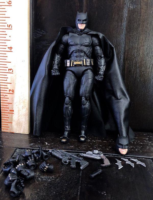 Batman DC comics superheroes Action figures toys statue collectibles collection