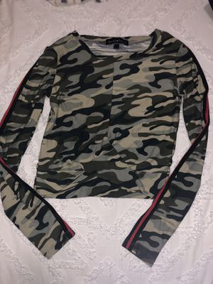 Camo shirt for Sale in Chicago, IL