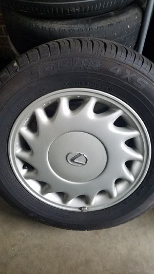 15inch Lexus wheels 5x114.3 for Sale in NC, US