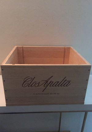 Wine box for Sale in Forest Park, GA