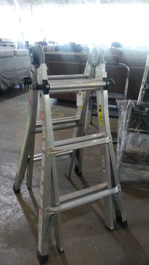 Extendable ladder for Sale in Dallas, TX