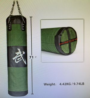 71 inch boxing heavy punching training bag with chain for Sale in Hacienda Heights, CA
