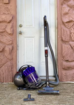 Dyson DC-39 Animal Canister Vacuum Cleaner w/ attachment for Sale in El Cajon, CA
