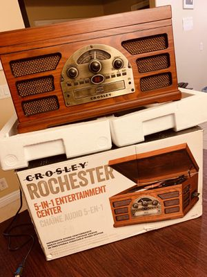 Crosley Rochester 5-in-1 Stereo Turntable Sound System with Tape Deck, CD Player, Auxiliar Input for MP3 Players and External FM antenna, Paprika, CR for Sale in Long Beach, CA