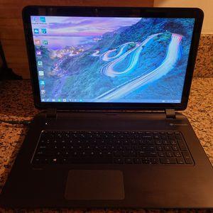 Hp Pavillion 17 Laptop for Sale in Pomona, CA