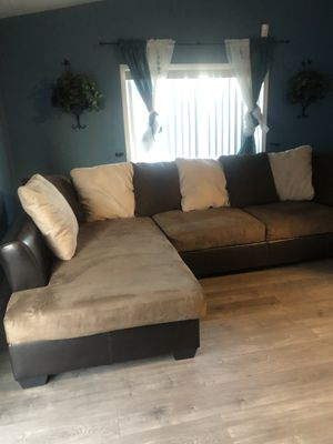 Sectional couch for Sale in Manteca, CA