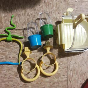 Bird bath,2feeders,and a swing plus a millet holder pics also here for Sale in Chicago, IL