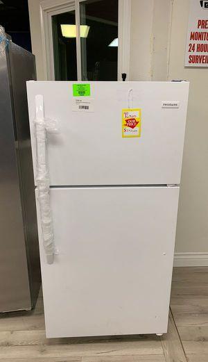 Brand new Whirlpool FFTR1514TW refrigerator TVU5M for Sale in Carson, CA