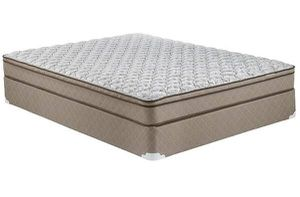 Queen mattress and box spring for Sale in New York, NY