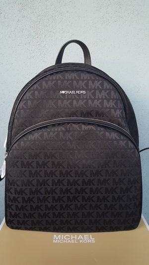 New Authentic Michael Kors Large Backpack for Sale in Montebello, CA