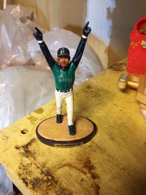 Ken Griffey Jr. Collectible statue for Sale in Auburn, WA