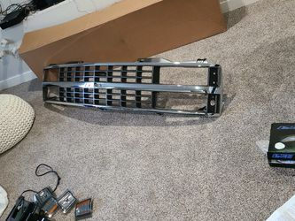 88-98 Chevy Grill for Sale in Lakewood,  WA