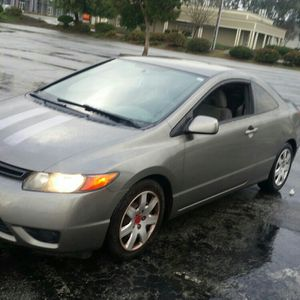 2006 honda.civic. 5 speed stick shift for Sale in Gilroy, CA