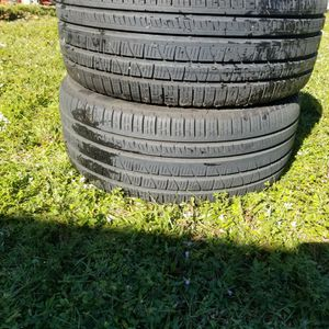 2 TIRES PERELLIS 255 _45^20 THEY ARE In VERY GOOD CONDITION for Sale in Boca Raton, FL