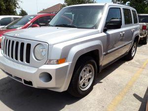 2010 Jeep Patriot 4 cilindros for Sale in Dallas, TX