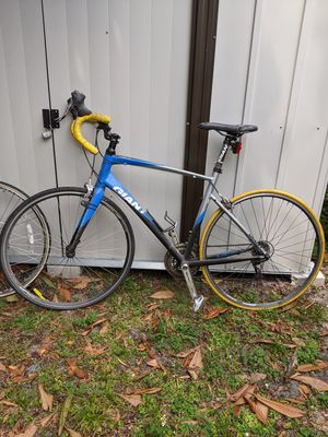 Giant - road bike for Sale in Biscayne Park, FL