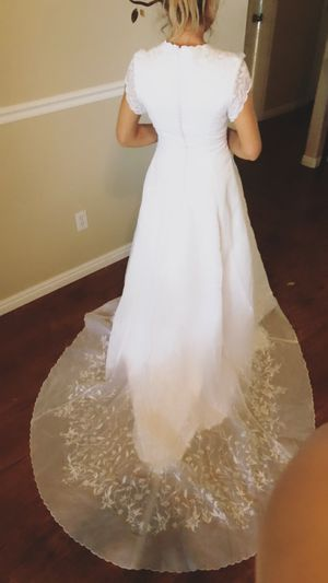 White wedding dress for Sale in Boise, ID