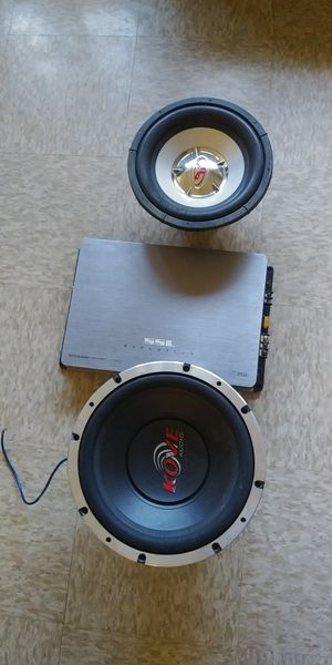 """12"""" KOVE AUDIO & AMPLE AUDIO...10"""" PUNCH AND 2500W AMP 👉PARA ARREGLAR...FOR REPAIR👈 for Sale in Los Angeles, CA"""