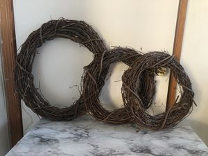 Willow branches wreaths for Sale in The Bronx, NY