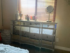 Mirrored dresser in very good condition for Sale in Montclair, CA