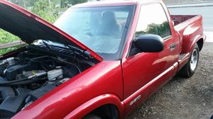 2001 Chevy S10 stepside for Sale in Puyallup, WA