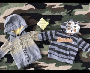 2 Infant jackets and car seat sign for Sale in San Antonio, TX