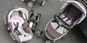 Car seat stroller combo.. $40 firm ..west kendall pickup for Sale in Miami, FL