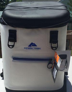 Ozark Trail Premium Backpack High Performance,Blue/White for Sale in Greensboro, NC