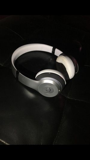 BLUETOOTH WIRELESS BEATS HEADPHONE for Sale in Fremont, CA