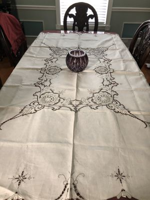 "Linen tablecloths,Hand Embroidery,Cut work,Off White, 83""x66"",New Never been used for Sale in Naperville, IL"