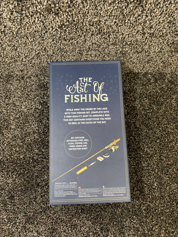 New in Box The Art of Fishing Gentleman's Series Set Details: Set Contains Extendable Rod, Reel, Float, Fishing Line, 3 Hooks and Instructions Sheet