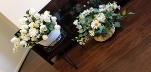 Decorative flowers for Sale in Manassas, VA
