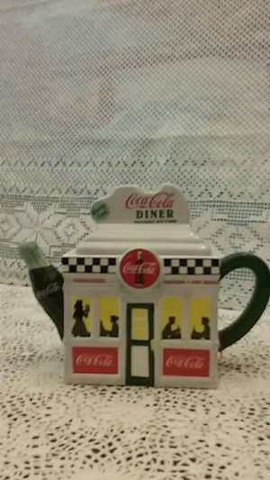 Coca cola tea pot for Sale in Pequot Lakes, MN
