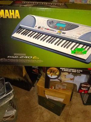Yahama keyboard for Sale in Alexandria, VA