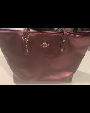 Coach Metallic Burgundy Tote Bag for Sale in Abilene, TX