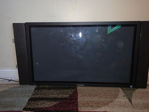 Panasonic tv ( no smart tv) is first generation for Sale in Gaithersburg, MD