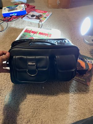 Nikon leather bag for Sale in Phoenix, AZ