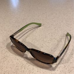 Women's Coach Sunglasses Excellent Condition for Sale in Woodinville,  WA