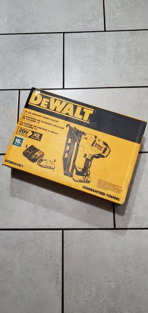DEWALT 20 VT MAX BRUSHLESS XR 16 GA FINISH NAILER NEW NUEVO for Sale in Signal Hill, CA