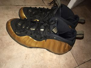 Gold Nike Foamposites sz 12.5 for Sale in St. Louis, MO