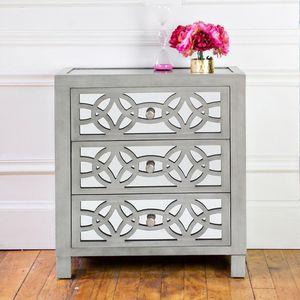 Silver Orchid Fonda 3-drawer Mirror Chest for Sale in Elgin, IL