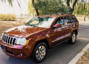 On Salee 2OO8 SUV Grand Cherokee JEEP4x4 for Sale in Philadelphia, PA