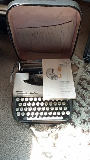 Tower vintage typewriter for Sale in Santa Clara, CA