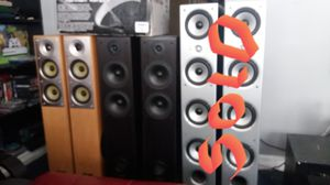 Tower Speakers (2 sets) for Sale in Cicero, IL