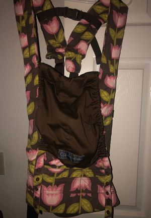 Brand new petunia Pickle Bottom 360 baby carrier for Sale in Phoenix, AZ