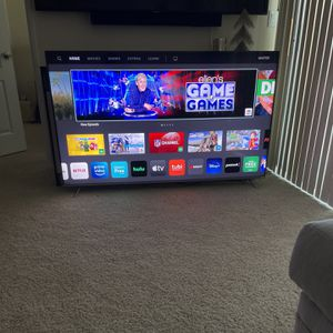 65-inch VIZIO 4K Smart TV Ultra HD HDR (2019) Model for Sale in Los Angeles, CA