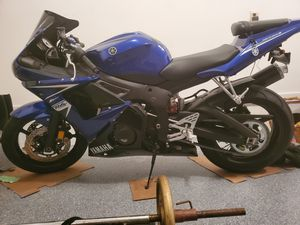 Yamaha YZF-R6 2009 Only 2900 miles for Sale in South Brunswick Township, NJ