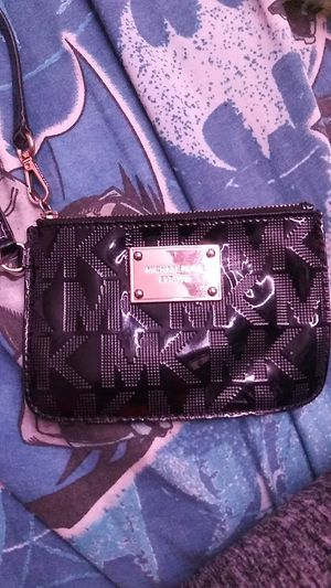 Michael kors wallet for Sale in Pittsburg, CA