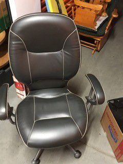 Office chair for Sale in Buena Park, CA