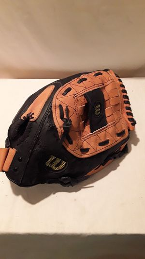 "WILSON A-360 SOFTBALL GLOVE 13"" for Sale in Mesa, AZ"